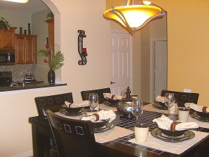 0032 Dining