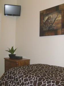 0082 Twin Bedroom