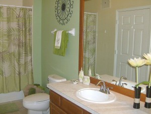 0090 Shared Bathroom